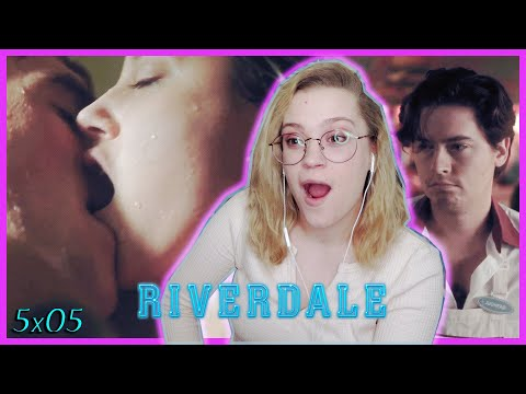 """BETTY AND ARCHIE DID THAT!! 