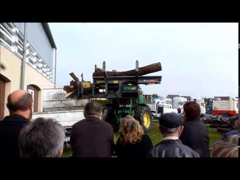 Démonstration du Coupeur Fendeur Mobile CFM400 sur tracteur agricole et forestier