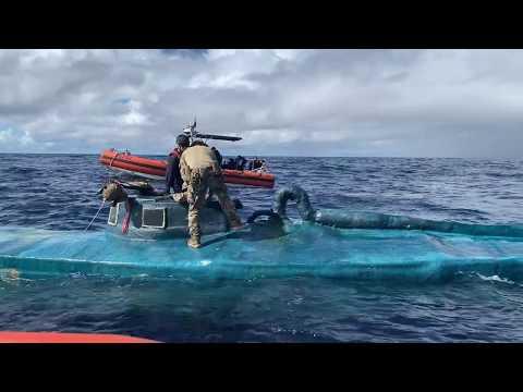 Video - Η στιγμή που εντοπίζουν υποβρύχιο με 2 τόνους κοκαίνης!