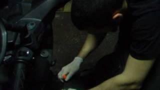 8. Video Tutorial - Cambio de bujía Kymco Xciting 250/500