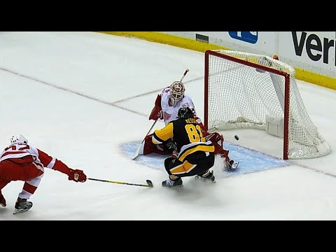 Video: Crosby makes great pass to Kessel on Penguins power play goal