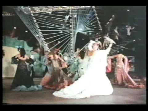 Nostalgia Cubana - Evangelina Elizondo - La Mulata Chancletera