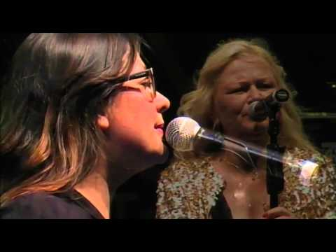 Vier Seisoene Kind – Toni Wille (met Luna Paige)