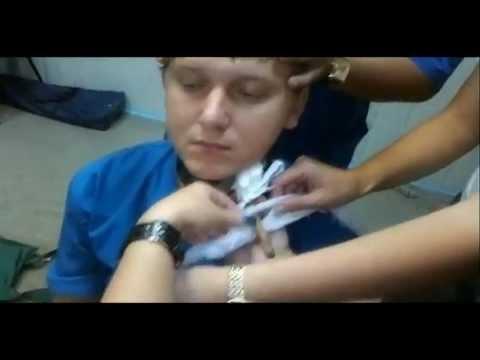 Ножевое ранение передней поверхности шеи