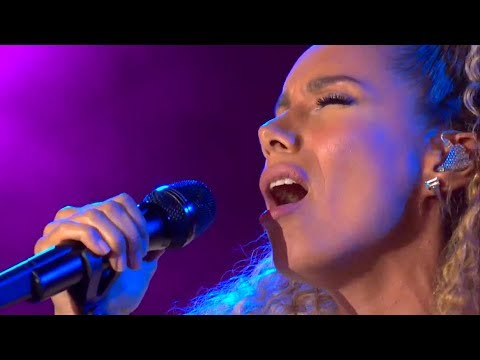Leona Lewis - Bleeding Love - live in Germany on 11th June 2018 (CEBIT 2018)