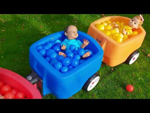 Ride on Kids Wagon with Colored Balls and Baby Dolls