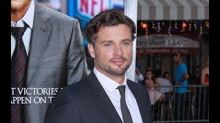 Tom Welling, star of The CW's Smallville, finally returns to television. His return will be as a police lieutenant on Fox's Lucifer.http://www.celebified.com - Get the hottest scoop on your favorite stars, TV shows, movies, and more!http://www.facebook.com/Celebified - 'Like' us and join in on the gossip fest!http://www.twitter.com/Celebified - Follow us for regular entertainment buzz and behind-the-scenes snaps from our red carpet visits, exclusive interviews, and more!Smallville star Tom Welling is returning to television.Thats right, according to E! News, former Smallville star Tom Welling is joining season 3 of Lucifer on Fox.Welling, who played young Clark Kent on Smallville, is set to play Marcus Pierce, a police lieutenant that is the exact opposite of Lucifer, played by Tom Ellis.This will be Welling's first TV role since playing young Superman for 10 years on the WB and CW..Are you ready for Welling's return? Sound off in the comments, and as always stick with us at Celebified for the latest TV scoop I'm Obehi, see you next time!