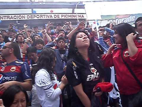 Mafia Azul Grana alentando AKD vs Ligays - Mafia Azul Grana - Deportivo Quito