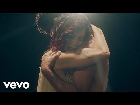 Alexia - Fragile Fermo Immagine (Official Video) видео