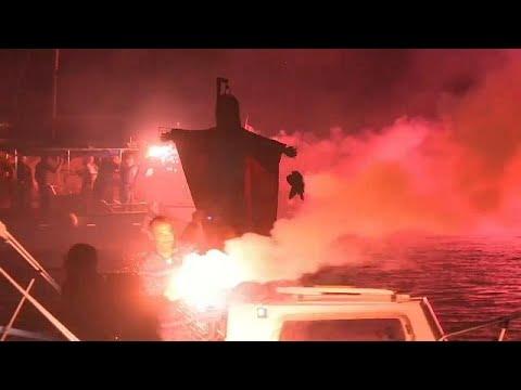 Griechenland: Judas wird auf dem Meer verbrannt