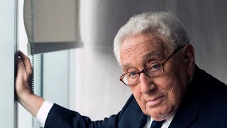 Video Trump meets with Henry Kissinger MP3, 3GP, MP4, WEBM, AVI, FLV Oktober 2017