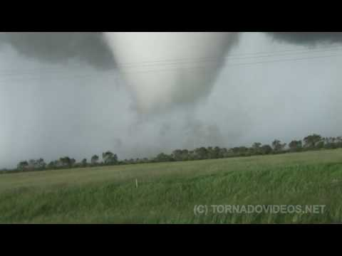 High Definition - Follow us on Facebook and Twitter! http://www.facebook.com/ReedTimmerTVN @reedtimmerTVN **For the complete story, read INTO THE STORM** http://www.tornadovid...