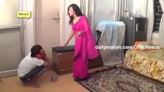 Download Video vidio lucu ketahuan ngintip gadis arab buka baju MP3 3GP MP4