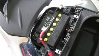 9. Piaggio BV 250 Scooter Battery Replacement How To