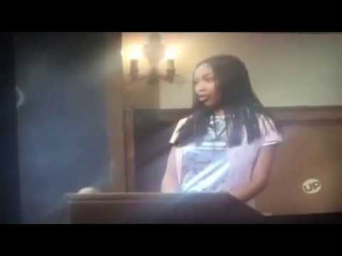 Moesha TV Series: Talking About Entertainment + Taking a Picture