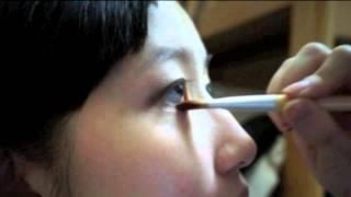 愛美麗:化妝苦手必學入門眼妝