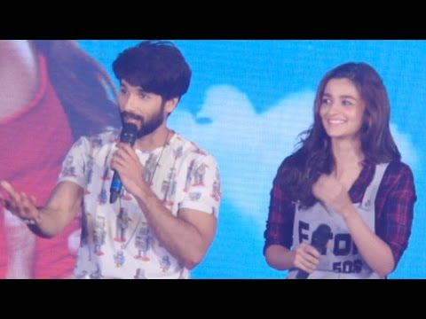Shahid Kapoor's Cute Reaction On His Chemistry Wit