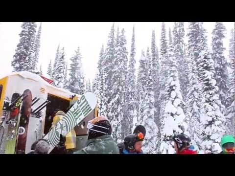 Experience Cat Skiing - ©Revelstoke Mountain Resort