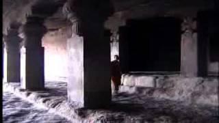 Những nẽo đường của đức Phật Thích Ca 4: Hang động Ellora và Bảo tháp Sanchi