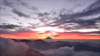 【Mt.Fuji Timelapse】鮮烈朝焼け二景 2 Mornings of Bright Red Skies