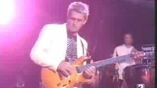 Download Lagu Mike Oldfield - Moonlight Shadow Live 1998 Mp3