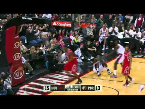 JJ Hickson dunks on the Rockets