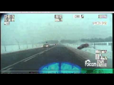 czolowe-zderzenie-nagrane-podczas-policyjnego-poscigu
