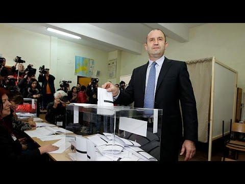 Βουλγαρία: Επικράτηση των Σοσιαλιστών στον Α' γύρο των προεδρικών εκλογών – world