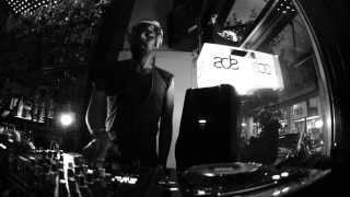 DJ/MC SIMON TITUS ADE