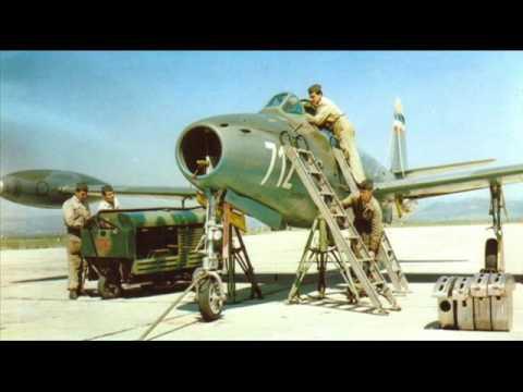 Ovo je clip sa slikama Vazduhoplovstva...