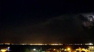 Cumulonimbus and lightning visible from Darwin, Australia (time-lapse) - November 06, 2011