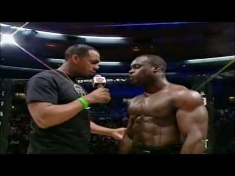 Melvin Manhoef le BOSS du Freefight !