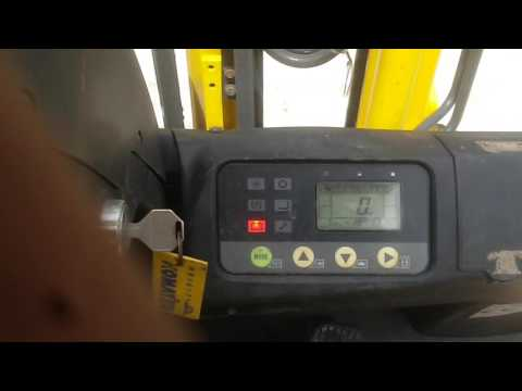 Sửa chửa xe nâng điện komatsu tại nguyenphanforkliftvn.com 0979500280