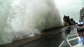 Saint-Malo France  city photo : Saint-Malo Grande Marée 2014 Vagues Bretagne Storm Tide Marea huge waves