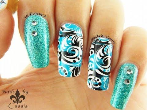 nail art turchese vorticoso