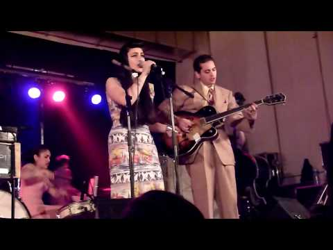 sunday best records - Kitty Daisy & Lewis - Mean Son of A Gun - Concert du 24 Avril 2010 à Aulnoye-Aymeries - 9 eme Foire aux Disques et BD - LACHE PAS LA PATATE - Label SUNDAY BE...