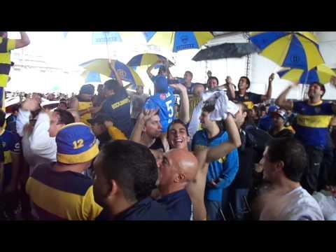 En el barrio de la Boca hay una banda loca y descontrolada - La 12 - Boca Juniors