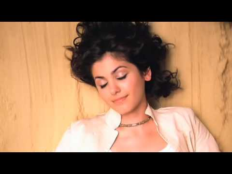 katie melua - nine million bicycles (videoclip)