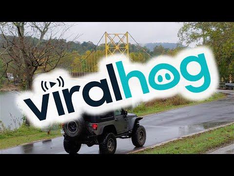 Siinä ja siinä kestääkö tämä silta linja-auton