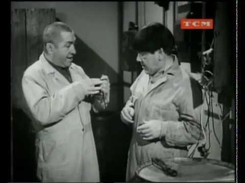 Los Tres Chiflados - Empresarios sin empresa (1946)