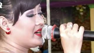 Download Video CAH KERJO - ELIA SANJAYA VS GARENG PALUR CS.SANGKURIANG LIVE IN NGARAK ARAK SUKOHARJO MP3 3GP MP4