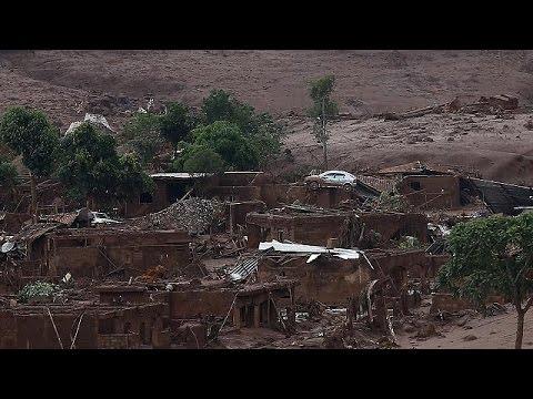 Βραζιλία: Βιβλική καταστροφή μετά από φονική κατολίσθηση