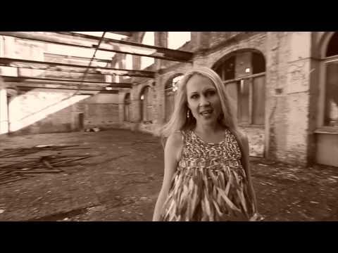 Helene Horlyck - Can't Help Falling In Love