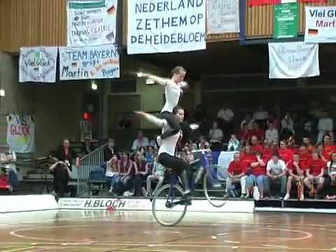 Vídeo Interessante Equilíbrio com Bicicleta