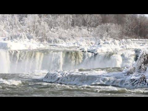 Die gefrorenen Wasserfälle