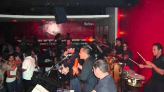 Download Lagu SalSalvador All Stars - Para No Pensarte Mp3