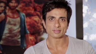 Sonu Sood invites you to check out the song 'Kaddu Katega' - R...Rajkumar