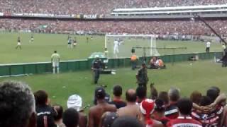 6 dez. 2009 ... Apito final! Flamengo Hexa Campeao Brasileiro! Flamengo 2 x 1 Grêmio em 06/n12/2009. VinnyHexa. Loading... Unsubscribe from VinnyHexa?