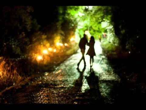 Tekst piosenki Ania Dąbrowska - Ciągle mylę Cię z nim po polsku