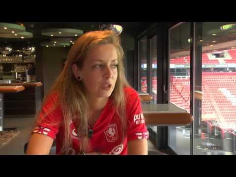 Van Eijk eerste vrouwelijke eSporter in Nederland